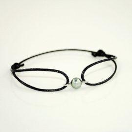 Czarna bransoletka z perłą MZ