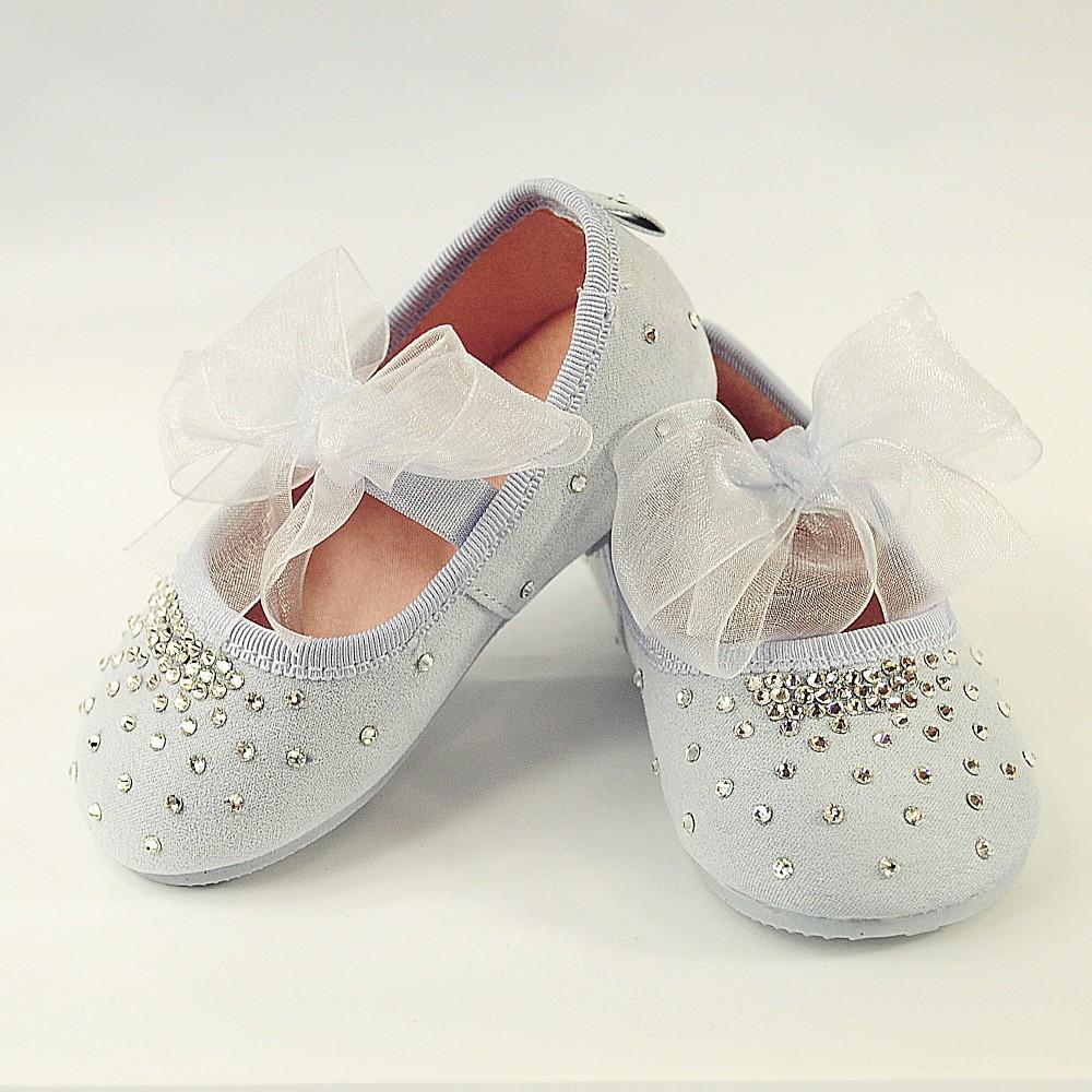 Błękitne buciki z kryształkami Swarovskiego