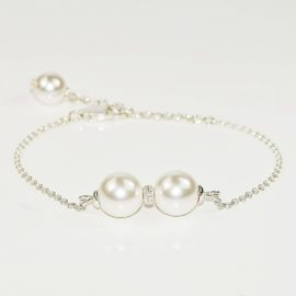 Celebrytka z perłami