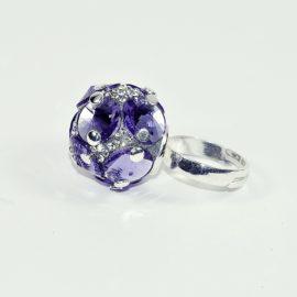 Pierścionek srebrny T z kryształami Swarovskiego