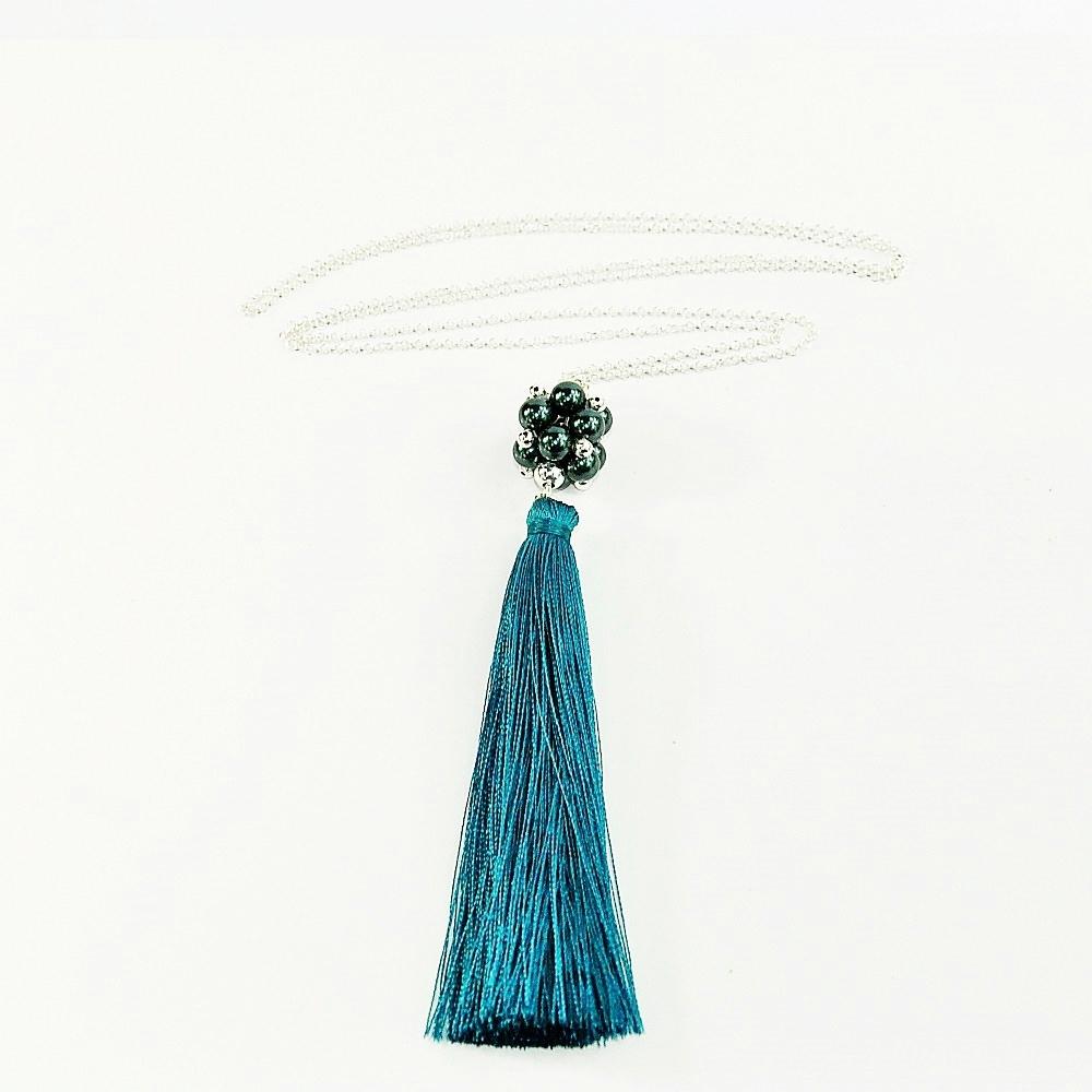 Naszyjnik z perłami Swarovskiego i morskim chwostemem